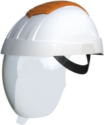 Protection helmet with integrated visor